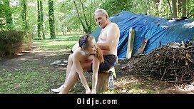 Das Mädchen freute sich, die Arbeit zu sehen sex selber machen und ihn spielen zu lassen.